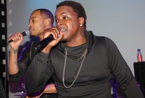 (NYC) All FIVE members of DAY 26 surprise fans with a reunion concert at SOBs6